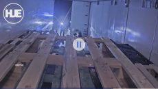 Вижте как бандити ограбват ТИР с техника в движение