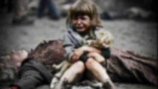 3-годишно стоя само с мъртвата си баба пет дни