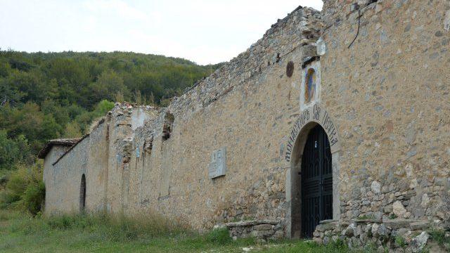 Ремонтът на Мулдавския манастир продължава и догодина, ще искат още пари