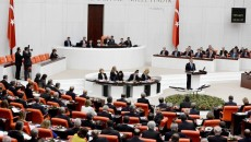 655-402-turciia-parlament