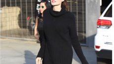 Анджелина Джоли шашна феновете си с мършавите си крака