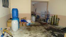 Седем в ареста, произвеждали незаконен тютюн за наргиле (СНИМКИ)