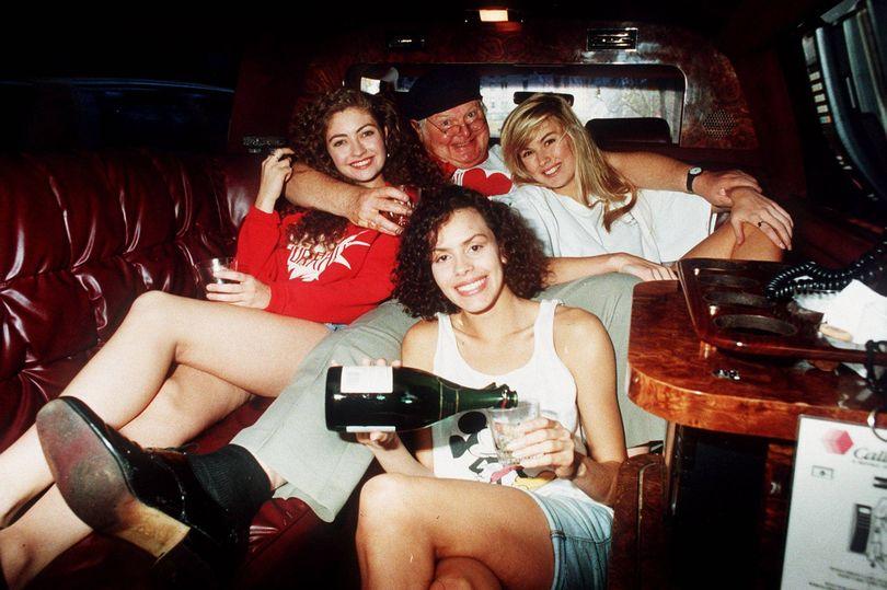 И Бени Хил си искал секс от певици и актриси