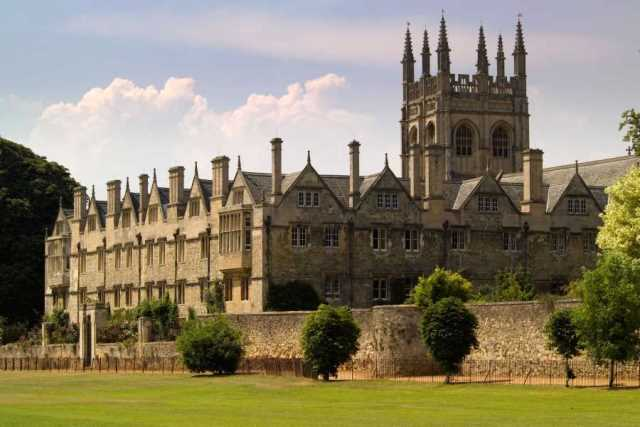 oxford_university_ouside_image_1