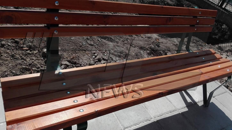 Задигнаха пейките от парка в Коматево