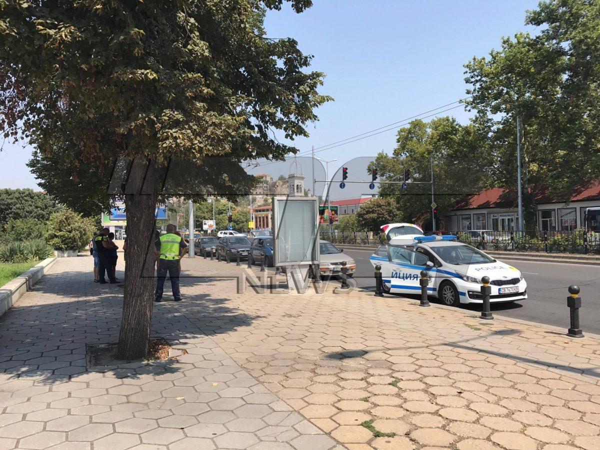 Верижна катастрофа затрудни движението до Тримонциум